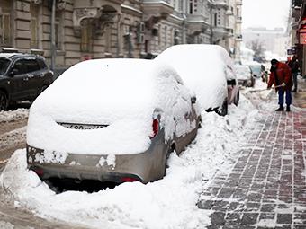 Москва вдвое расширила зону платных парковок