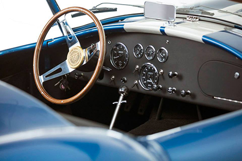 Компания Shelby показала спорткар 50th Anniversary 427 Cobra. Фото 2