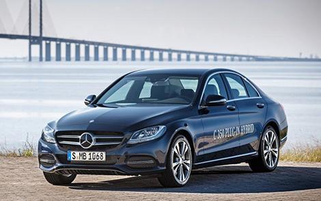 Седан и универсал Mercedes-Benz C-Class получили 278-сильный гибридный вариант