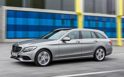 Седан и универсал Mercedes-Benz C-Class получили 278-сильный гибридный вариант. Фото 1