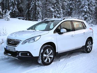 Peugeot 2008 опознали как новый кроссовер Opel