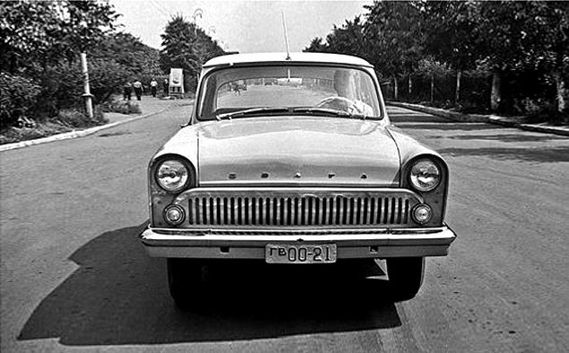 Как могли бы выглядеть известные советские автомобили. Фото 15