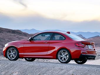 Компания BMW внесла M2 в дилерскую базу
