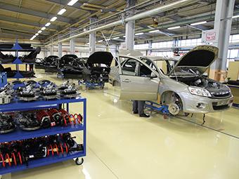 Выпуск легковых автомобилей в России сократился на 10 процентов