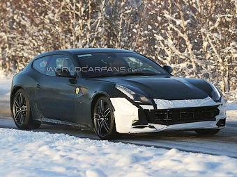 В Ferrari начали готовить суперкар FF к обновлению