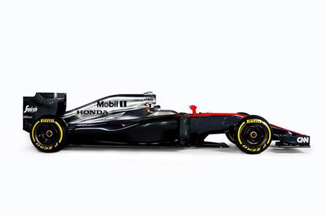 Машина получила серебристо-черную раскраску. Фото 1
