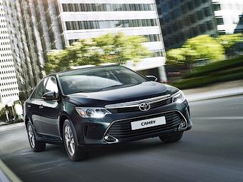 Toyota отзовет в России 100 тысяч Camry
