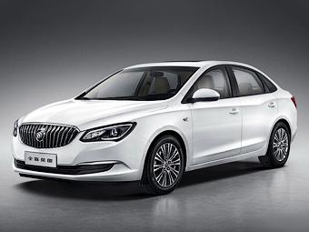 Китайский вариант Opel Astra обновился