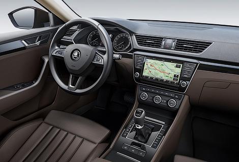 Флагманская модель «Шкоды» дебютирует на Женевском автосалоне