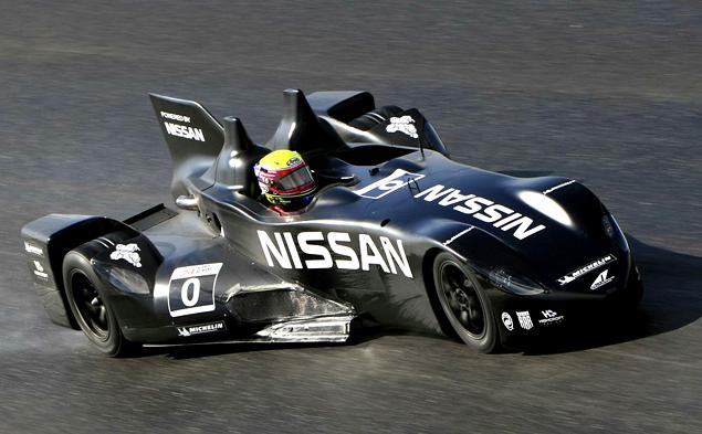 Как устроен гоночный  Nissan с передним приводом. Фото 24