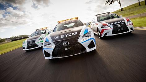 """Из купе Lexus RC F сделал """"пейс-кар"""" для серии V8 Supercars"""