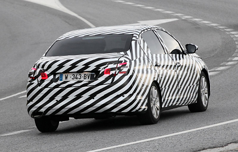 "Европейцам предложат Citroen C4 с кузовом ""седан"". Фото 1"