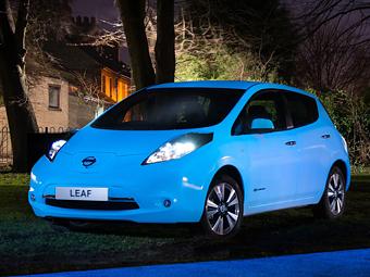 Nissan заставил электрокар Leaf светиться в темноте