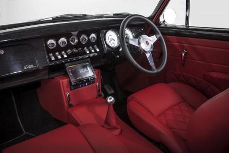 Компания CMC выпустят 12 уникальных седанов Jaguar Mark 2. Фото 2