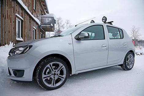 Хот-хэтч Sandero RS сфотографировали в Швеции