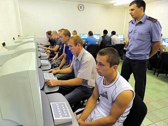Россияне стали чаще получать права и реже нарушать ПДД