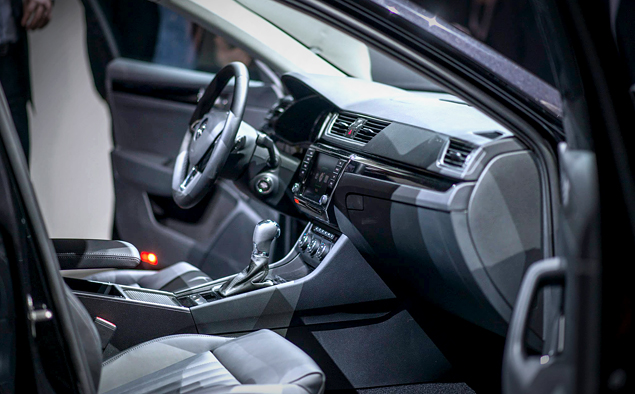 Что Skoda противопоставила практически идеальному VW Passat. Фото 9