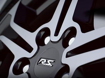 "В Renault намекнули на ""заряженную"" новинку"