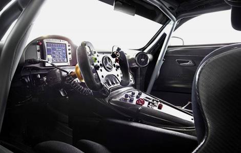 Интерьер машины для кузовных гонок перестал быть секретом. Фото 1