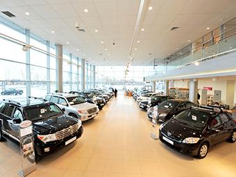 Продажи машин по программе утилизации уменьшились в шесть раз