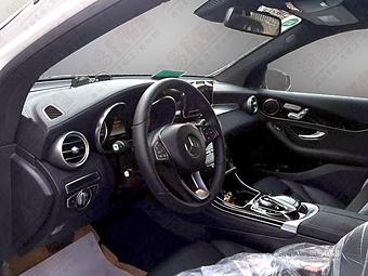 Салон преемника Mercedes-Benz GLK выполнят в духе C-Class