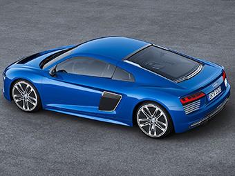Audi раскрыла серийный электрический R8