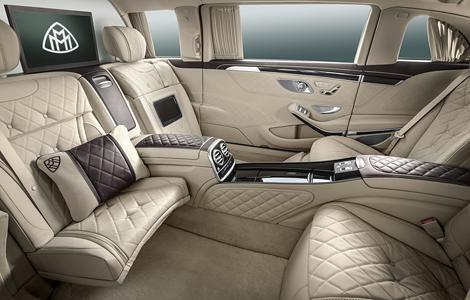 Немецкая марка привезла в Женеву самый дорогой S-Class. Фото 3