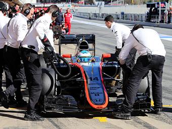 Врачи отстранили Алонсо от Гран-при Австралии