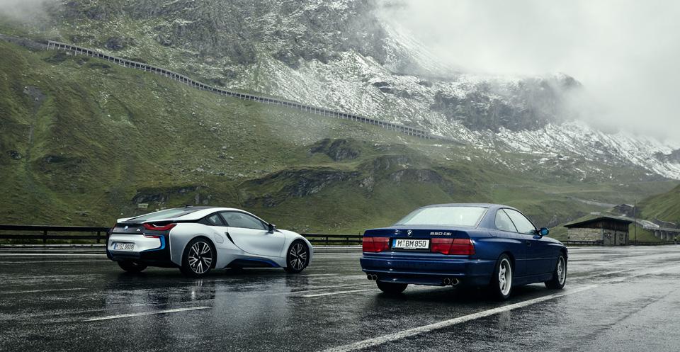 Супертест двух «восьмерок» BMW, как выбор между ностальгией о прошлом и мечтами о будущем. Фото 20