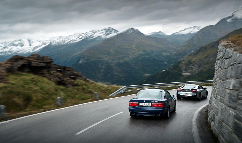 Супертест двух «восьмерок» BMW, как выбор между ностальгией о прошлом и мечтами о будущем. Фото 12