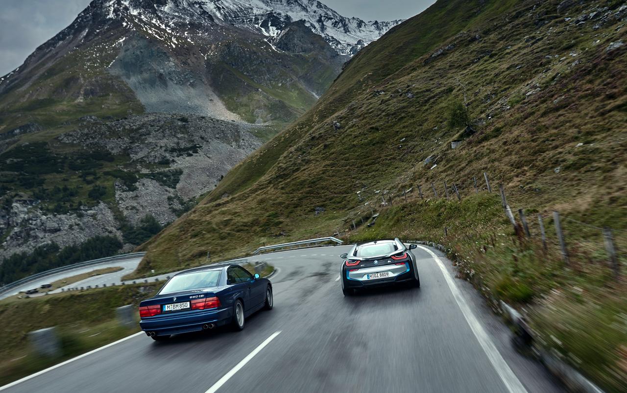 Супертест двух «восьмерок» BMW, как выбор между ностальгией о прошлом и мечтами о будущем. Фото 36