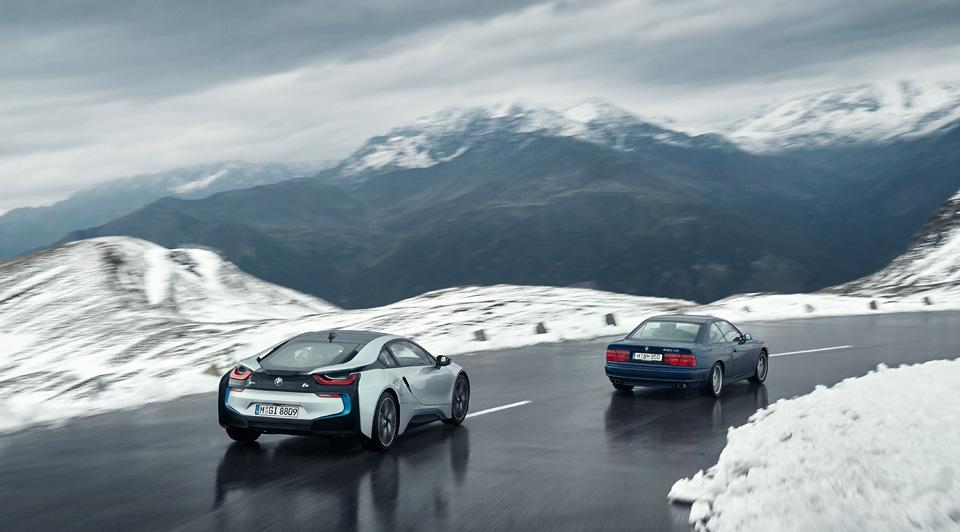 Супертест двух «восьмерок» BMW, как выбор между ностальгией о прошлом и мечтами о будущем. Фото 23
