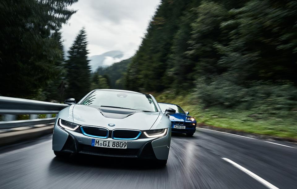 Супертест двух «восьмерок» BMW, как выбор между ностальгией о прошлом и мечтами о будущем. Фото 6