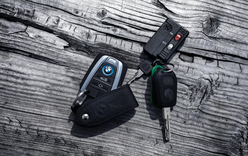 Супертест двух «восьмерок» BMW, как выбор между ностальгией о прошлом и мечтами о будущем. Фото 35