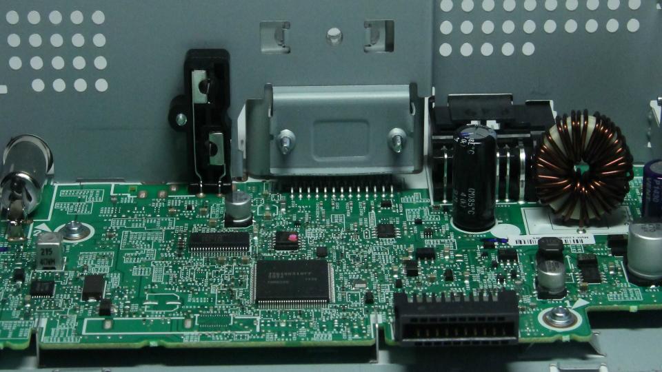 На смену компакт-дискам приходят USB-носители и смарт-гаджеты. Фото 3