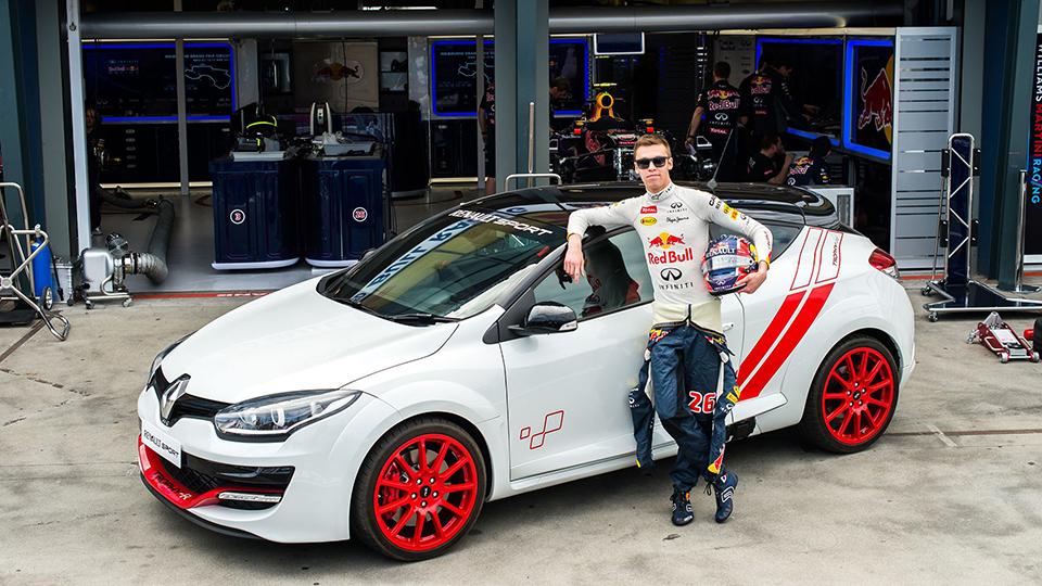 Квят установил рекорд трассы Формулы-1 на Renault Megane RS