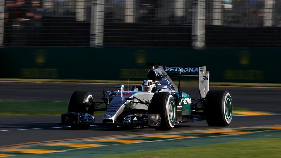 Хэмилтон выиграл первую квалификацию нового сезона Формулы-1