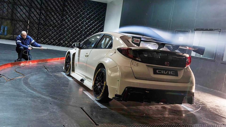 Хот-хэтч Honda Civic Type R подготовили к гонкам
