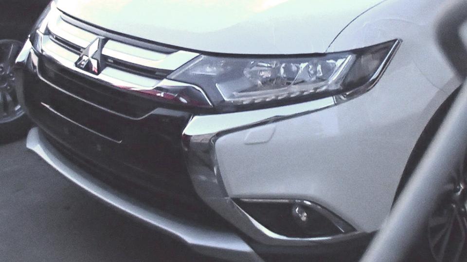 В Сети раскрыли дизайн нового Mitsubishi Outlander