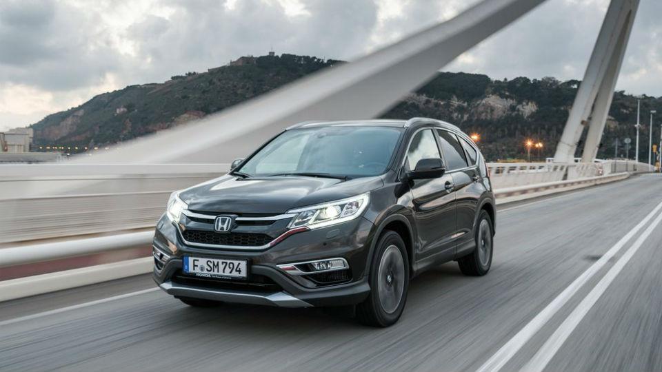До России доберется переднеприводный кроссовер Honda CR-V
