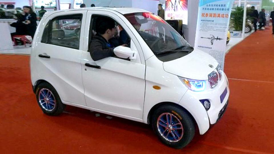 Китайцы назвали клон BMW i3 «золотой лошадью»