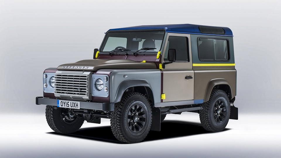 Британский дизайнер раскрасил Land Rover Defender в 27 цветов