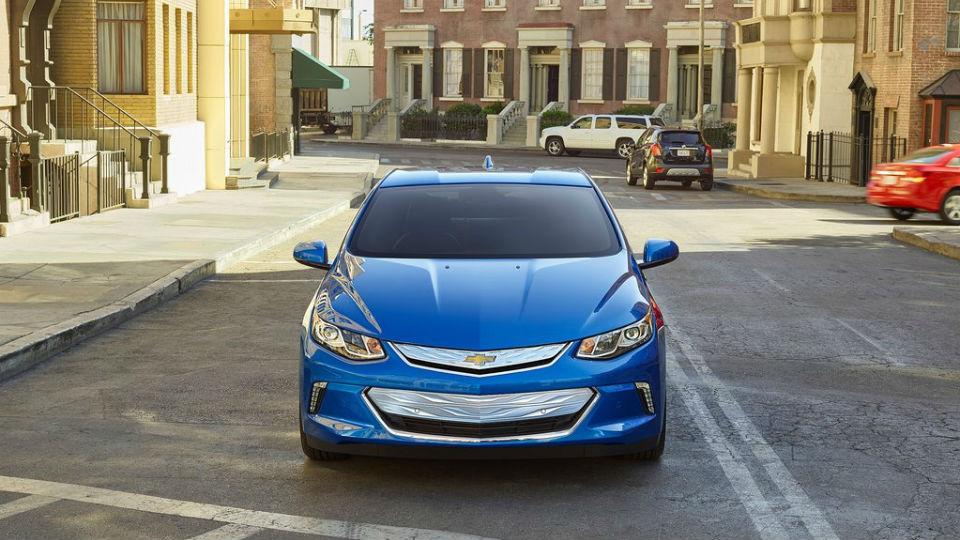 В Chevrolet рассказали о гибридном «Малибу» нового поколения