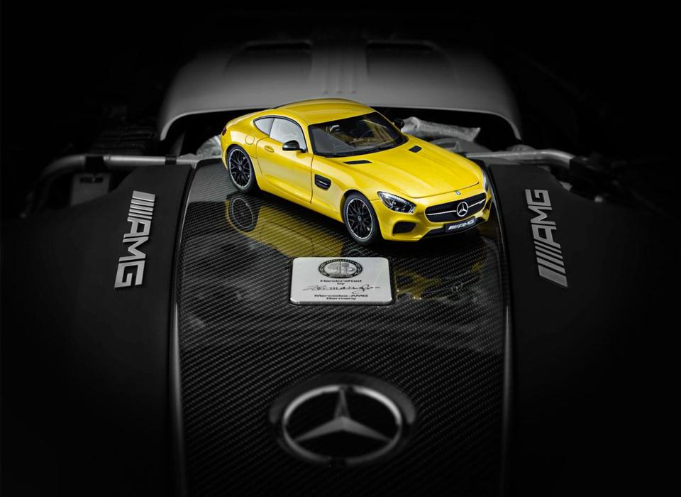 Немцы выпустили масштабные модели купе Mercedes-AMG GT . Фото 1