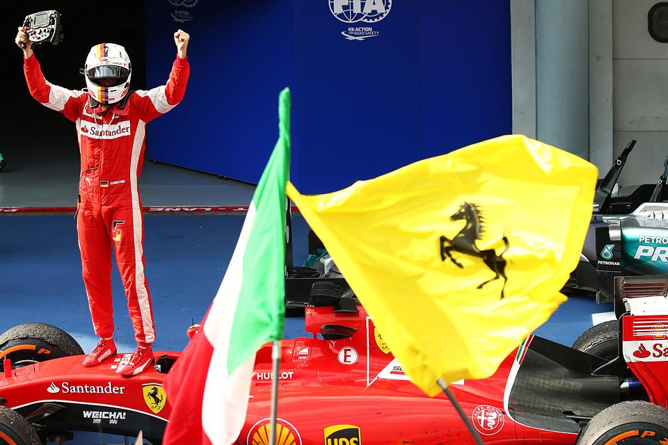 Себастьян Феттель и Ferrari одержали первую победу вместе. Фото 3
