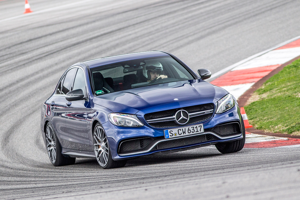 Встречайте новый Mercedes C 63 AMG, его версию S и полноприводный C 450. Фото 5