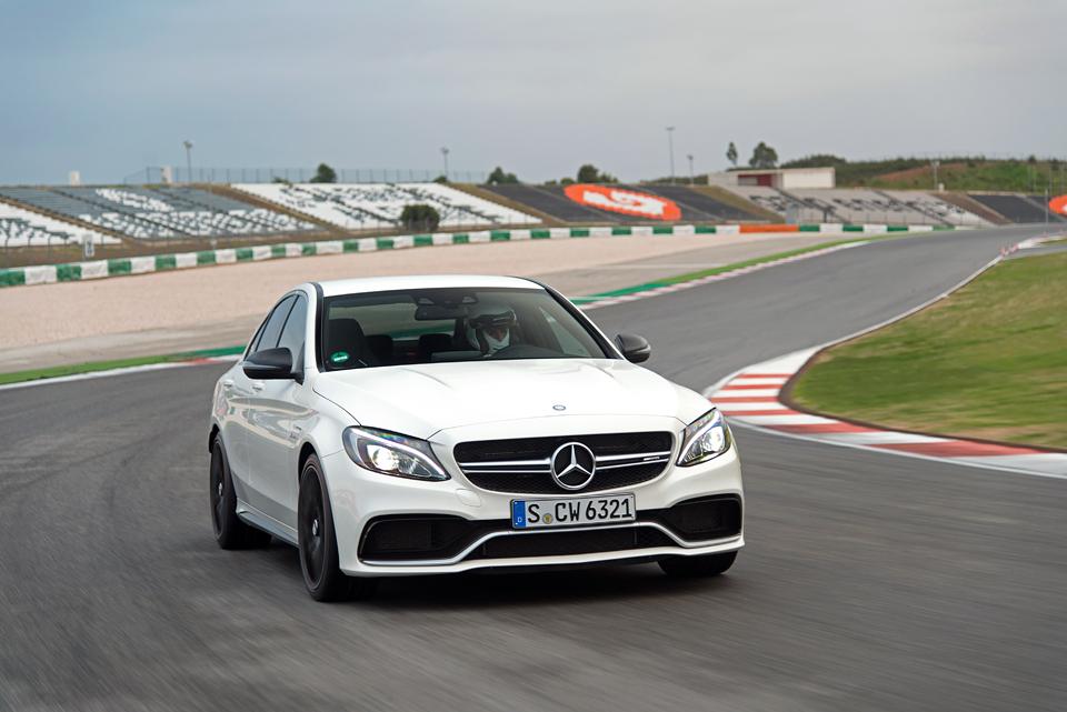 Встречайте новый Mercedes C 63 AMG, его версию S и полноприводный C 450. Фото 1