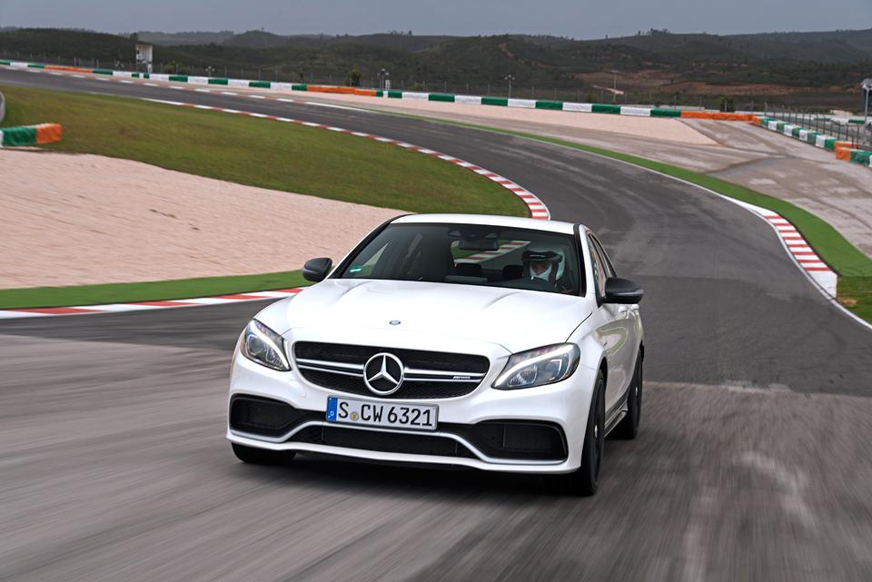 Встречайте новый Mercedes C 63 AMG, его версию S и полноприводный C 450. Фото 11