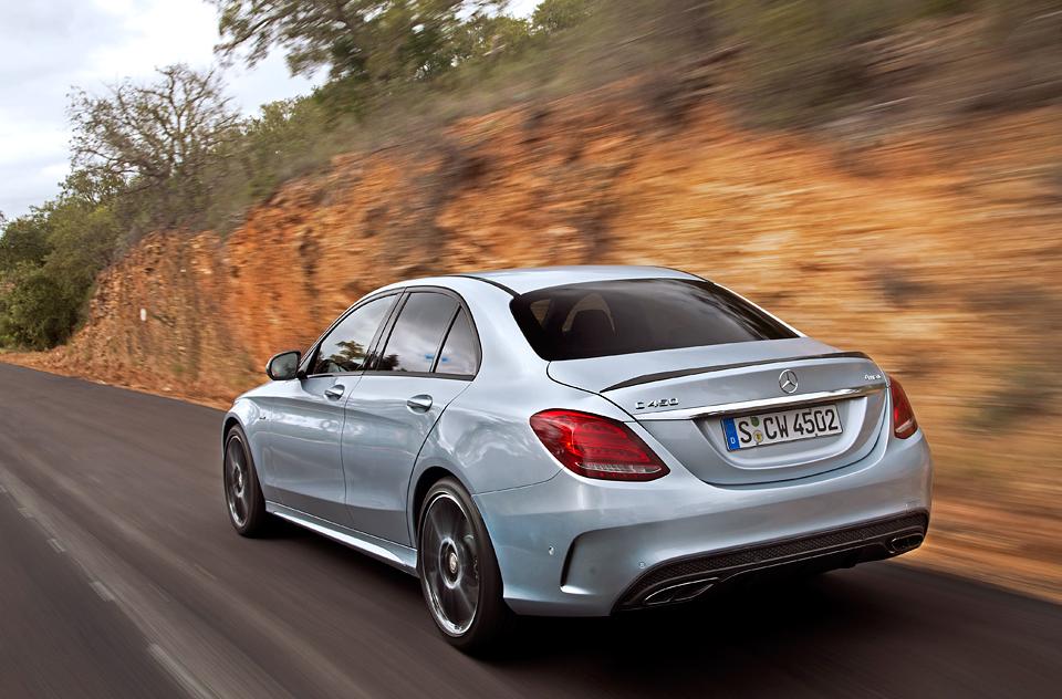Встречайте новый Mercedes C 63 AMG, его версию S и полноприводный C 450. Фото 14