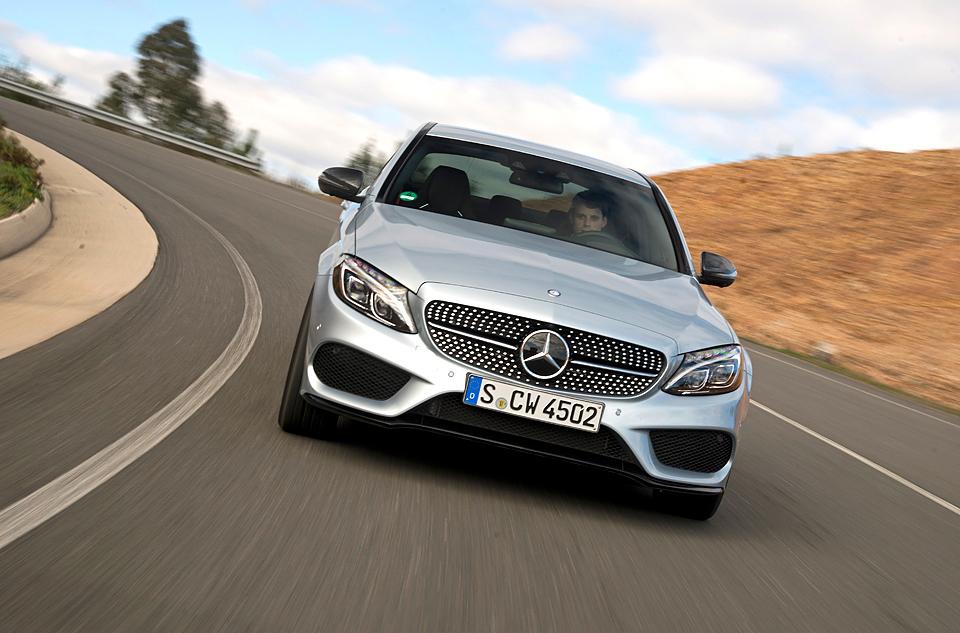 Встречайте новый Mercedes C 63 AMG, его версию S и полноприводный C 450. Фото 13